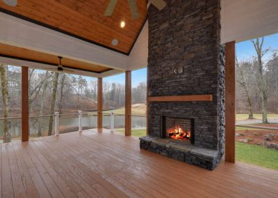 243 Edgewater Trail S Toccoa-Currahee Club Preferred Home Builder-Outdoor Fireplace
