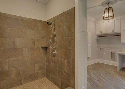 243 Edgewater Trail S Toccoa-GA Currahee Clubd Preferred Home Builders-Dog Shower-